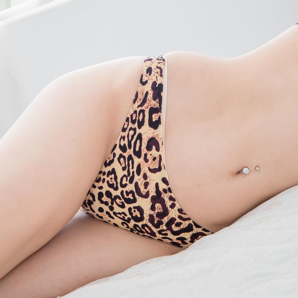 豹紋丁字褲 一片無痕冰絲內褲百搭性感丁字褲~B6060...